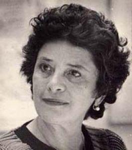 La poeta Claribel Alegría en su juventud.