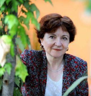 La escritora María Rosa Lojo