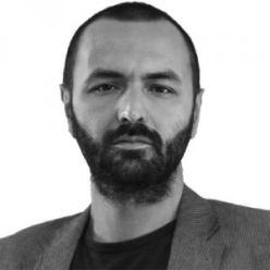 El escritor y filósofo Matteo Fais.