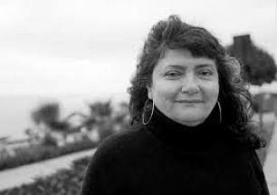 La poeta Rosina Valcárcel