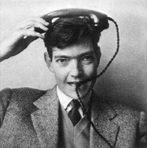 El escritor Julio Cortázar en su juventud. C. 1935