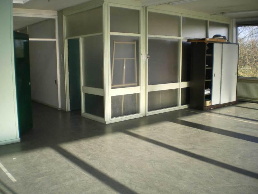 Bestaande kantoorruimten voor de renovatie van kantoren