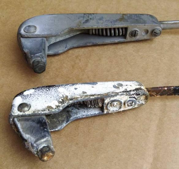 small v longer body wiper arm comparison