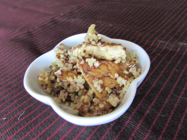 Summer Squash Quinoa Salad with Balsamic Tempeh - vegan /gluten free