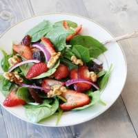 Spring Spinach & Strawberry Salad