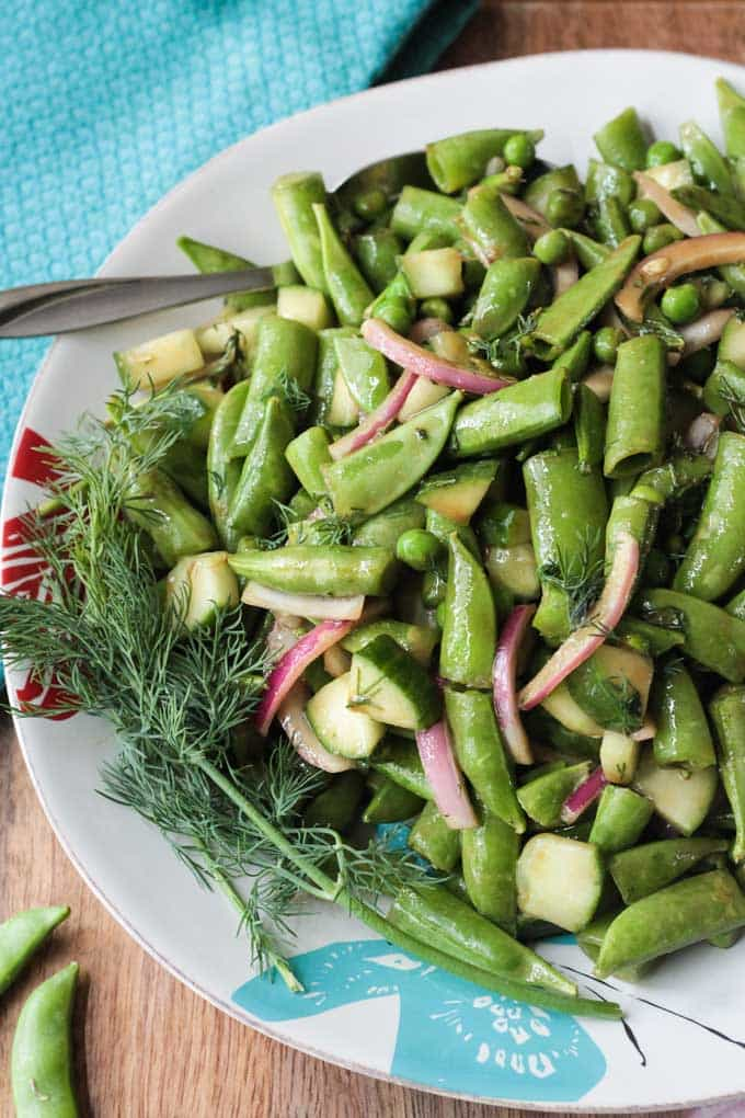 Sugar Snap Pea Salad – A super crunchy, addictive salad that would ...