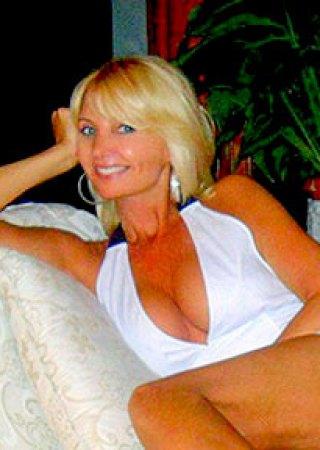 Renata (47) aus VIP Agent... auf www.verliebt-in-polen.de (Kenn-Nr.: d0018)