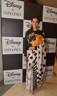 Esha Gupta in Satya Paul by Masaba