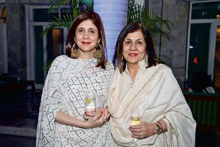 Shonali Nanda, Sita Nanda