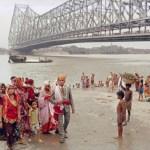Below the Howrah Bridge by Raghubir Singh