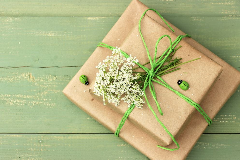 gifting, festive, featured image,