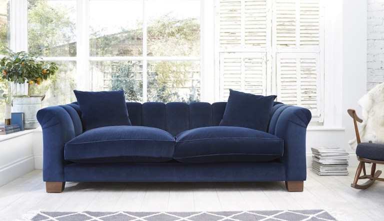 Fally Sofa Darlings Chelsea