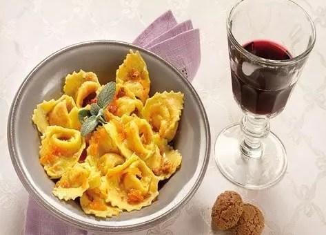 Festa della zucca in tavola a cremona alla scoperta delle tradizioni viaggi low cost - Alla tavola della longevita ...
