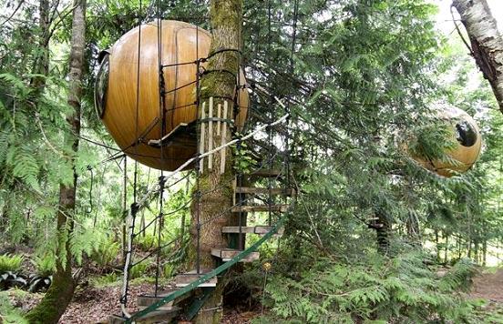 Free-Spirit-Spheres-Hotel