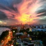 Hermoso Atardecer de Otoño de La Ciudad de Santo Domingo