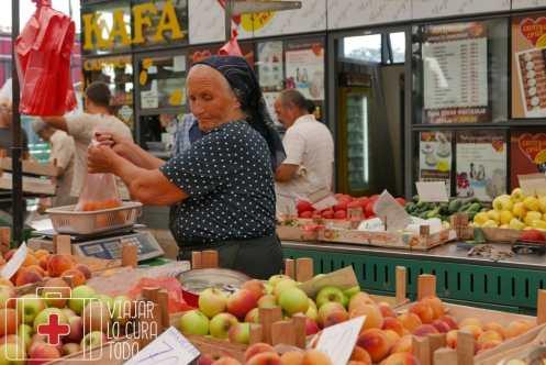 Señora en el mercado