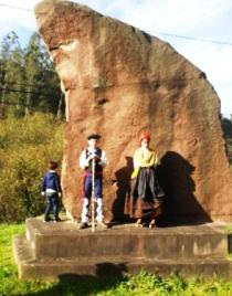 Monumento a los Foramontanos en Mazcuerras