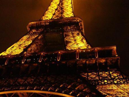 Torre Effiel Noche