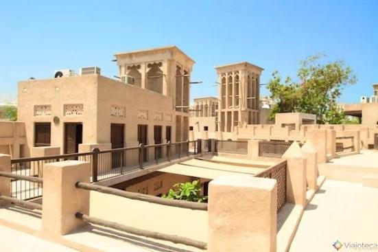 Entendendo os costumes e tradições dos Emirados Árabes Unidos