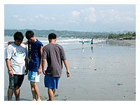 Skip, Wyson and Jayo at the beach