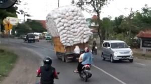 Είναι μεγάλο το φορτίο...