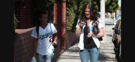 Kourtney Kardashian and Khloe Kardashian going to Dodgers Game 4 050609 PapaBrazzi Report