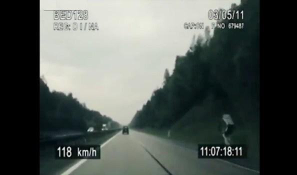 ET-la-police-tcheque-poursuit-un-cycliste-a-95-kmh