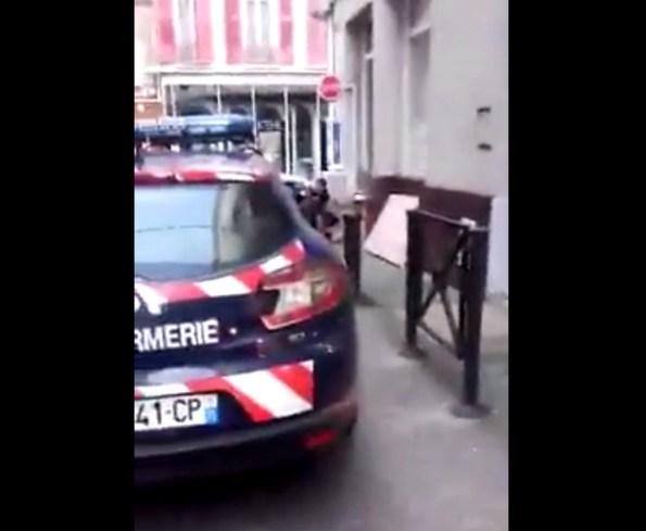 GN-les-gendarmes-interpellent-deux-hommes-armes-en-voiture