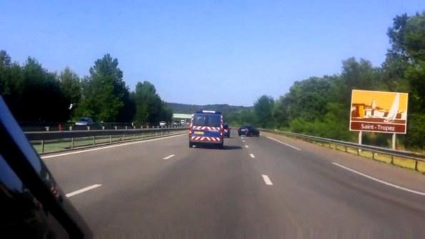 GN-un-conducteur-fou-sur-une-autoroute-francaise