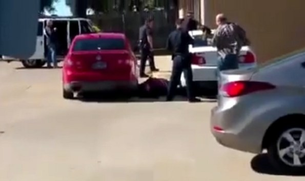 US-au-texas-un-preneur-d-otage-est-abattu-par-la-police