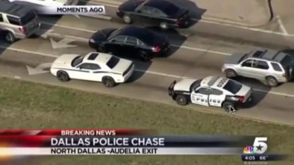 US-il-percute-un-vehicule-en-fuyant-la-police-et-se-fait-arreter-par-les-victimes
