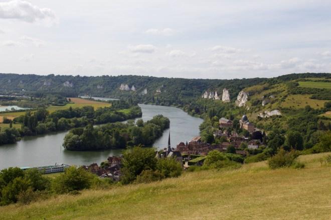 Normandie Urlaub Seineschleife mit Kreidefelsen in der Nähe des Château Gaillard bei Les Andelys Frankreich