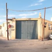 Fundació Bancaixa compleix l'ordre de l'Ajuntament i demoleix l'antiga nau de Càritas, afectada per aluminosi