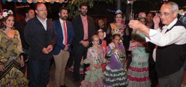 La Panderola tornarà a vestir-se de flamenc el pròxim cap de setmana per a acollir la sisena Fira d'Abril