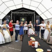 L'entrega de les claus de la festa a Cristina Pesudo inaugura les festes de la Mare de Déu de Gràcia