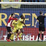 El gol de Toko Ekambi en el minut 70 va evitar mals majors del Villarreal davant l'Athletic (1-1) en La Ceràmica