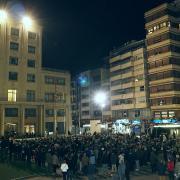 Centenars de vila-realencs prenen els carrers de la ciutat en defensa de la taronja i els llauradors