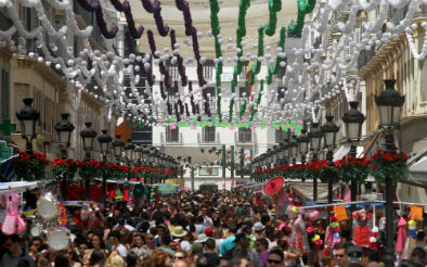 Central Fair in the street of Marqués de Larios, Malaga. / Photo: COPE.es