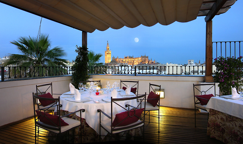 Experience Spain's Easter traditions with Vincci Hoteles