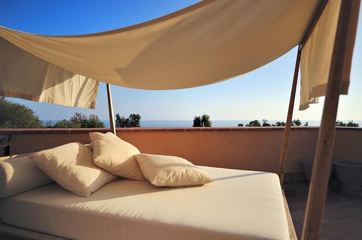 Camas balinesas Beach Club Estrella del Mar