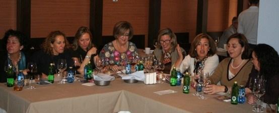 algunas asistentes a la comida en Damasqueros