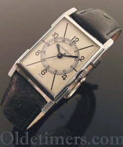 jewelled Swiss movement is signed Jaeger LeCoultre and numbered
