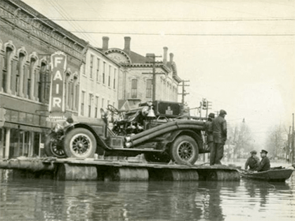 37 Flood Fire Truck