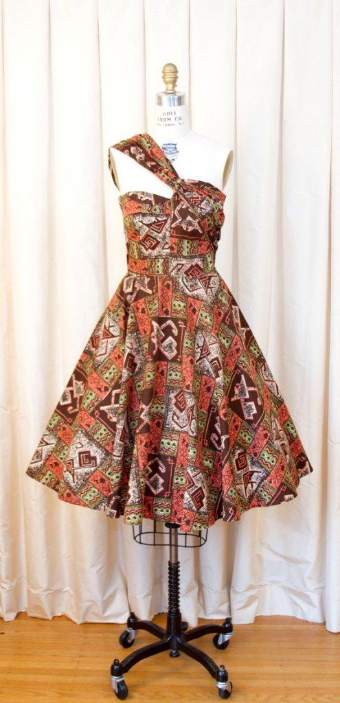 1950s Dress // Novelty Tiki Cat Print Full Skirt Dress