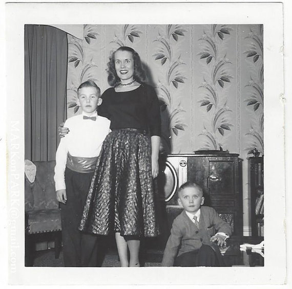 1950s vintage image of mother and children