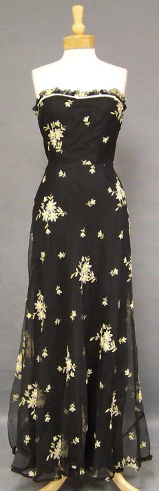 embroidered-marquisette-1940s-evening-gown