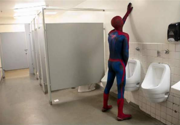 spiderman takes a piss