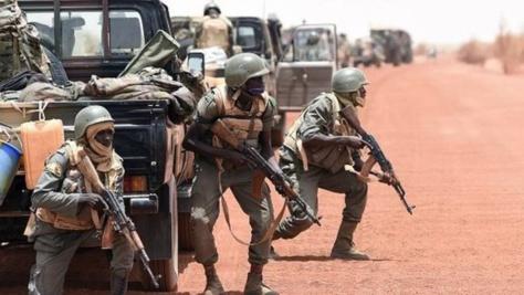 URGENT: Le Nigeria vient d'attaquer la Gambie pour déloger Yaya Jameh de la chef suprême