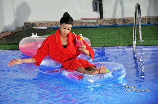 Voici la charmante Ndeye Astou Sall nouvelle Miss Sénégal ( 2016 ) en mode shooting