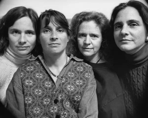 1994 imagen hermanas